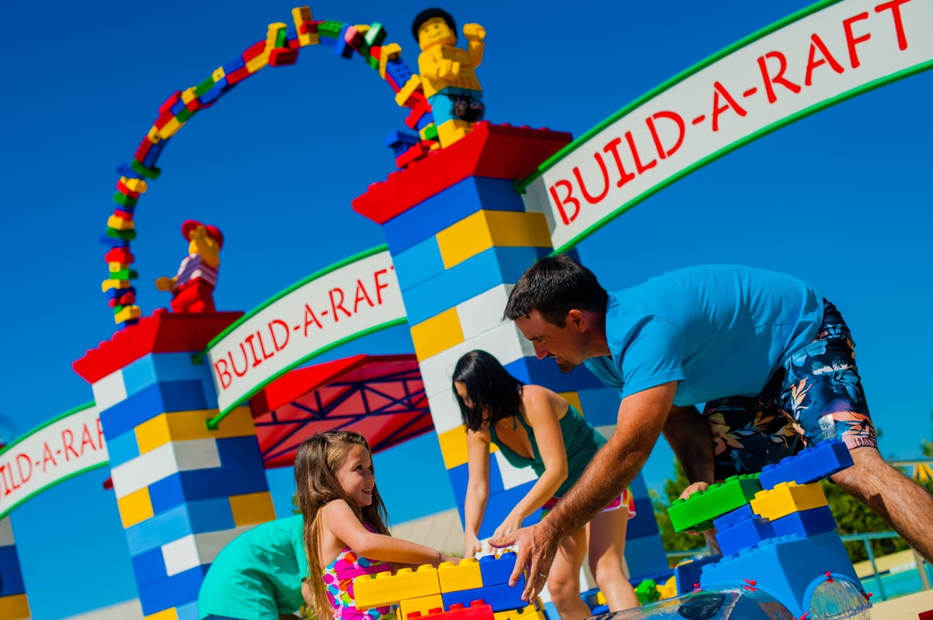 Build-A-Raft-legoland-water-park-florida