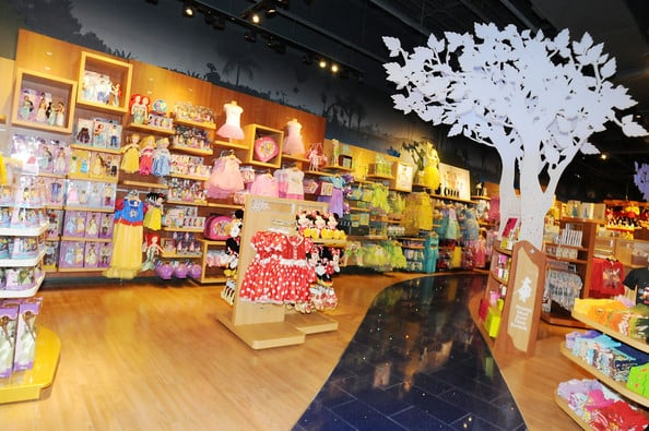 Disney-Store-Orlando