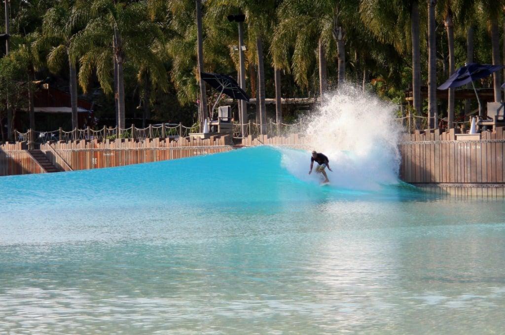 Disney-Typhoon-Lagoon-Wave-Pool-Orlando