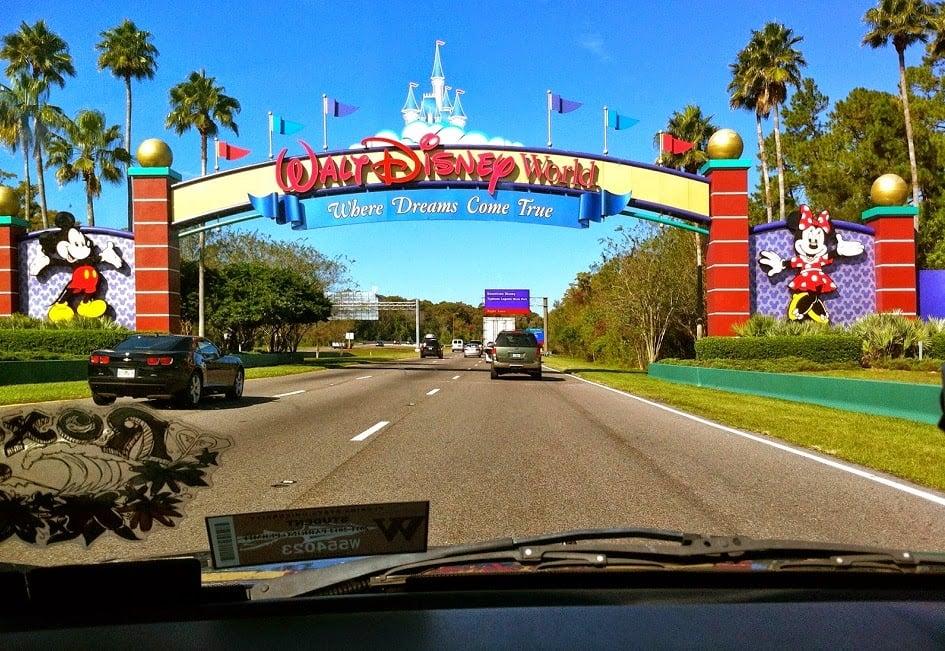 Como dirigir em Orlando: ida aos parques
