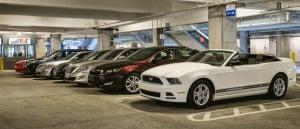Como alugar um carro bem barato em Orlando: estacionamento