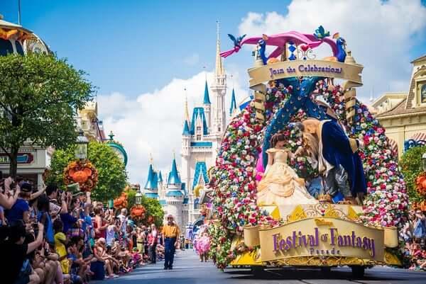 Parque Magic Kingdom da Disney Orlando: desfile Festival of Fantasy