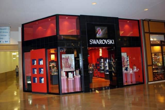 svarovisk-mall-at-millenia-Orlando