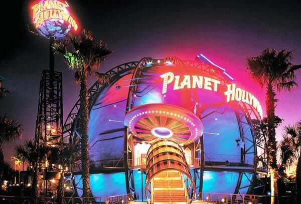downtown-disney-planet-hollywood-restaurante