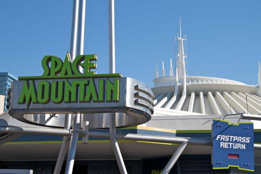 Melhores brinquedos do Parque Disney Magic Kingdom: Disney Space Mountain