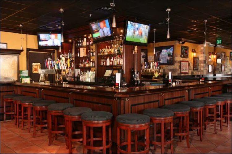 Interior do Pub Irlandês Frankie Farrell's em Orlando