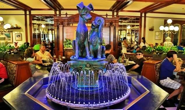 Tony's-Town-Square-Restaurante-Disney-orlando