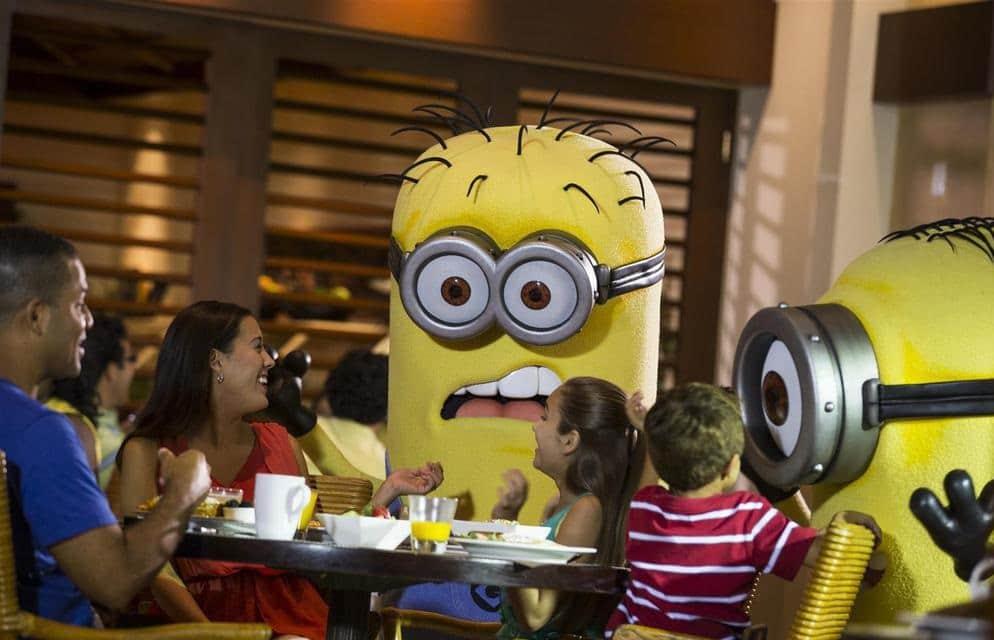Universal's-Superstar-Character-Breakfast-orlando
