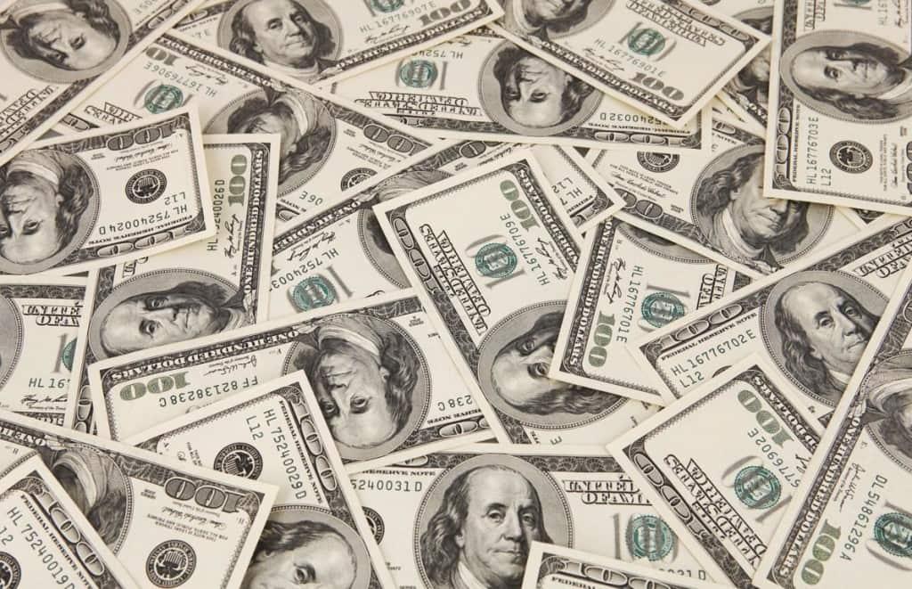 7 dicas de segurança em Orlando: dólares