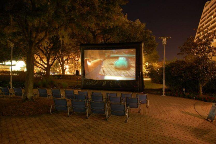Hotel Disney's Contemporary Resort Orlando: Cinema ao ar livre