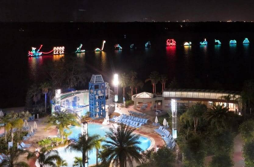 Hotel Disney's Contemporary Resort: Electrical Water Pageant