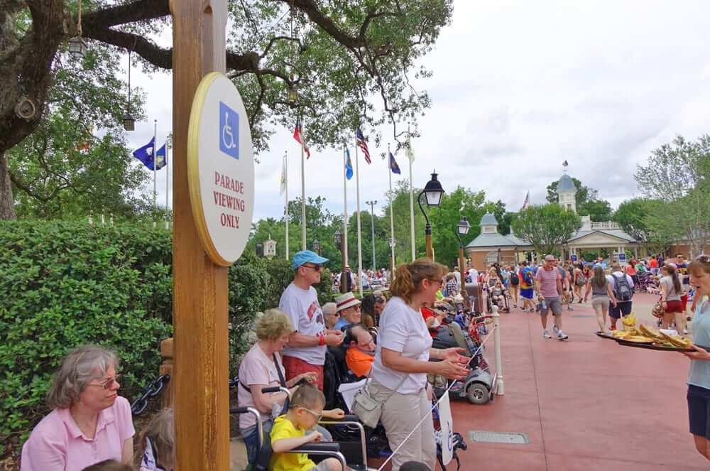 Deficientes físicos na Disney e Orlando: área reservada para cadeirantes no Universal Orlando Resort