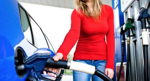 Viagem de carro de Orlando a Miami: posto de combustível