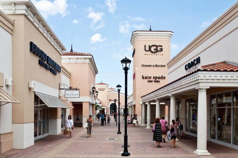 7 lojas e outlets na International Drive Orlando: Orlando Premium Outlets