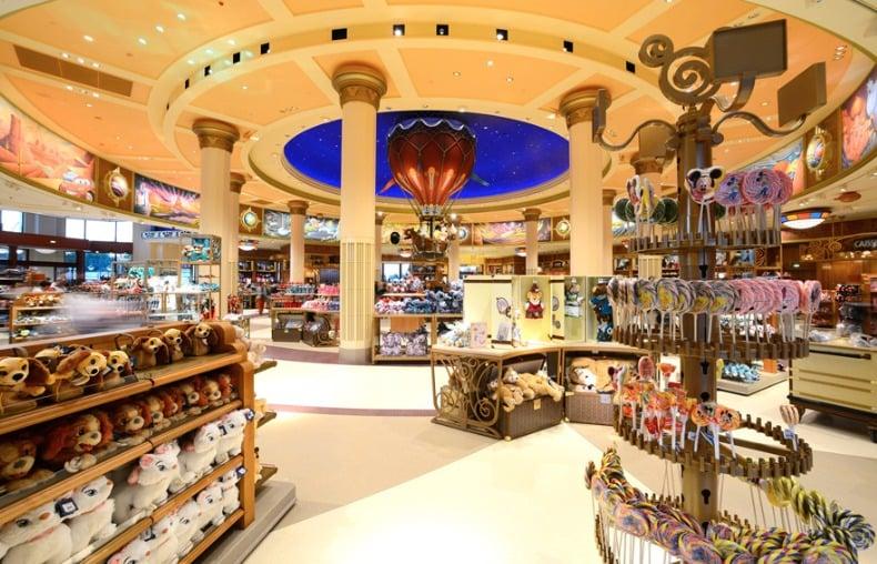 World of Disney, a maior loja Disney de Orlando: brinquedos