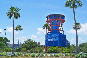 Simulador de salto de paraquedas iFly em Orlando