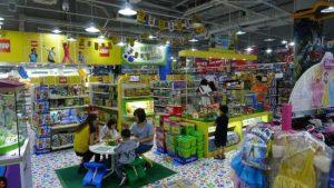 Lojas de brinquedos em Orlando: Loja Toy R Us