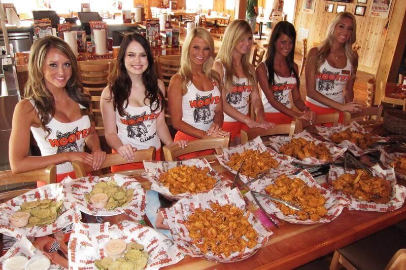 Restaurantes Hooters em Orlando: pratos