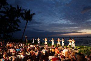 7 jantares com shows em Orlando: Disney's Spirit of Aloha Dinner Show