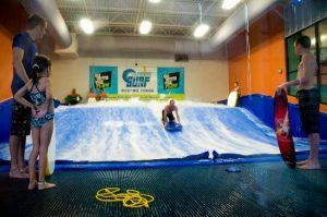 Surfar no Fantasy Surf em Orlando