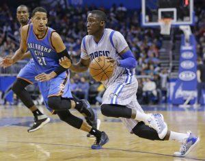 Orlando e Disney no mês de novembro: jogo de basquete da NBA no Orlando Magic Arena