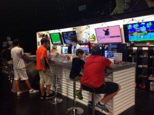 Loja Gods & Monsters em Orlando: dentro da loja