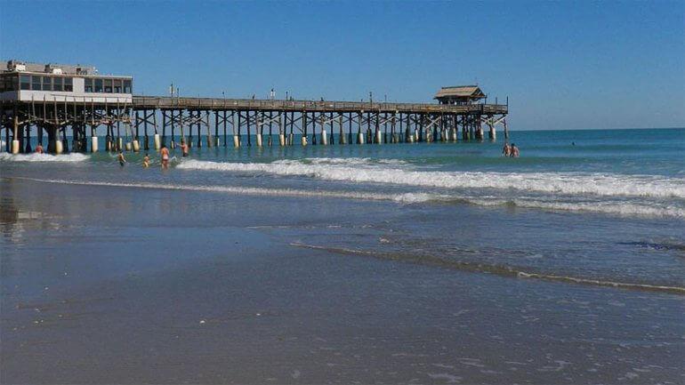 Praias próximas a Orlando: praia Cocoa Beach