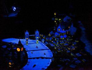 Quais brinquedos vale a pena fazer fast pass no Magic Kingdom
