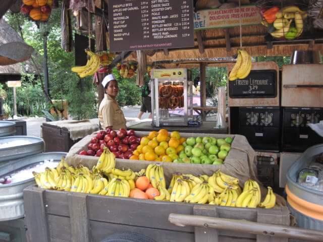 Restaurantes do parque Disney Animal Kingdom em Orlando: Harambe Fruit Market