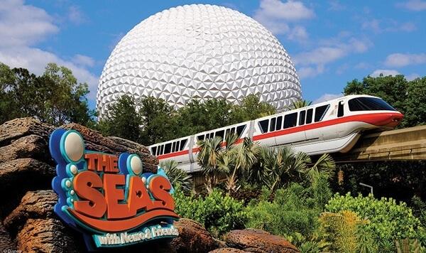 Procurando Dory nos parques da Disney em Orlando: atração The Seas with Nemo & Friends