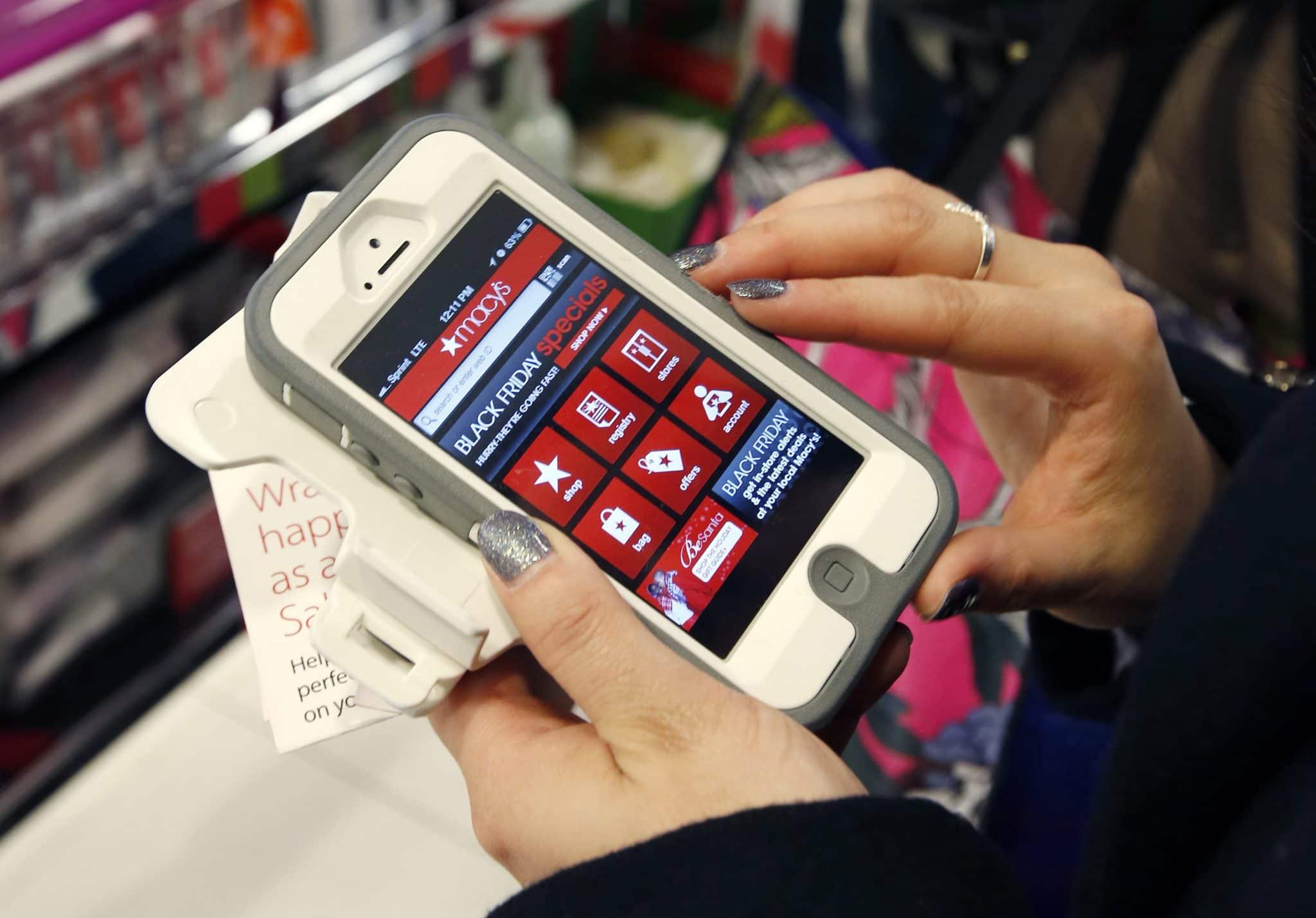 Holiday Shopping-Mobile Christmas