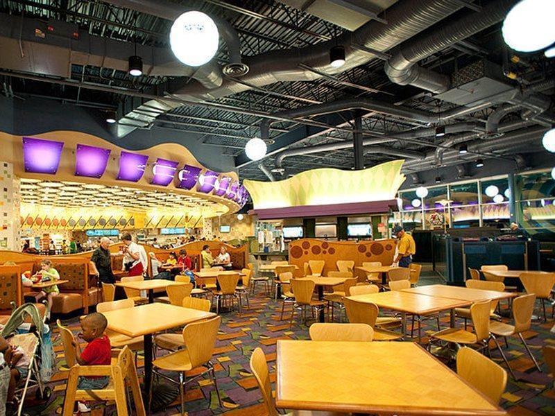 Hotel Pop Century da Disney em Orlando: restaurante Everything Pop Shopping and Dining