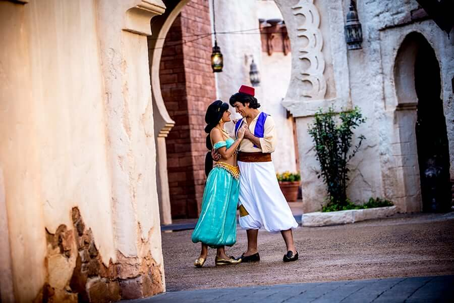 aladin e Jasmine na área e pavilhão de Marrocos no Disney Epcot