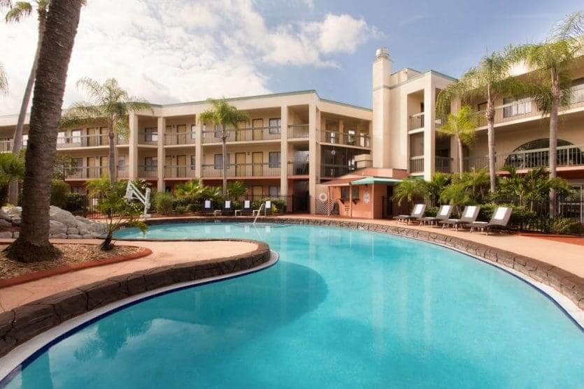 Hotéis próximos aos parquesem Orlando: Baymont Inn & Suites Tampa near Busch Gardens