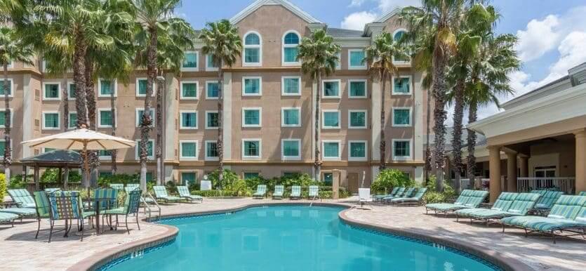 Hotéis com transfer gratuito para os parques em Orlando: Hawthorn Suites by Wyndham Lake Buena Vista