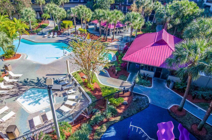 Hotéis com transfer gratuito para os parques em Orlando: Quality Suites - The Royale Parc Suites
