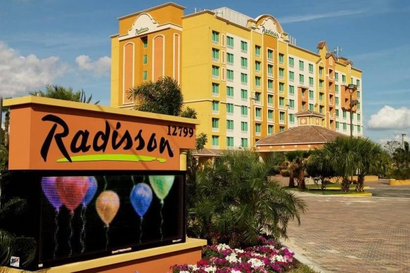 Hotéis mais procurados por brasileiros em Orlando: Radisson Hotel Orlando