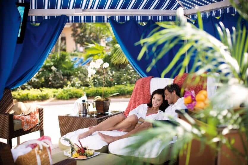 Hotéis legais para casais em Orlando: cabanas do The Ritz-Carlton Orlando Grande Lakes
