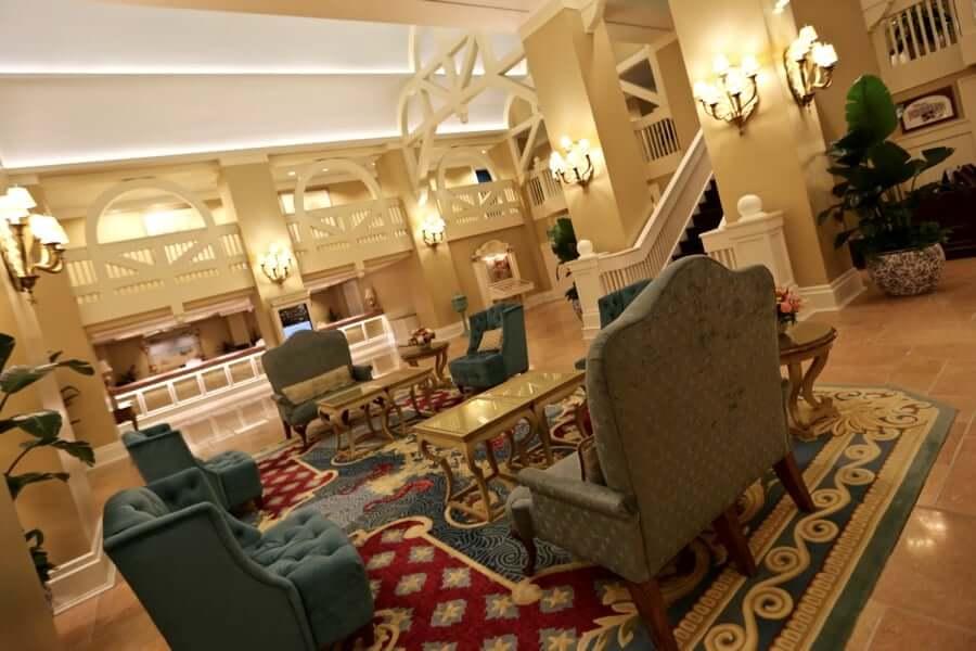 Disney's Beach Club Resort: lobby