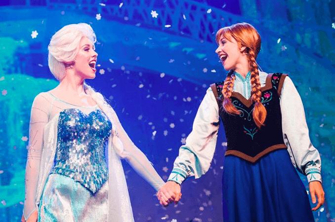 Shows, paradas e apresentações no parque Disney Hollywood Studios Orlando: For the First Time in Forever: A Frozen Sing Along Celebration