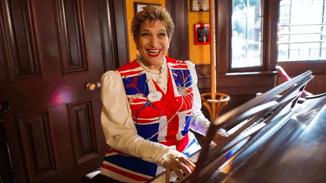 Shows, paradas e apresentações no parque Disney Epcot Orlando: Rose & Crown Pub Musician
