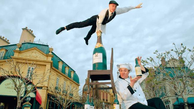 Shows, paradas e apresentações no parque Disney Epcot Orlando: Serveur Amusant