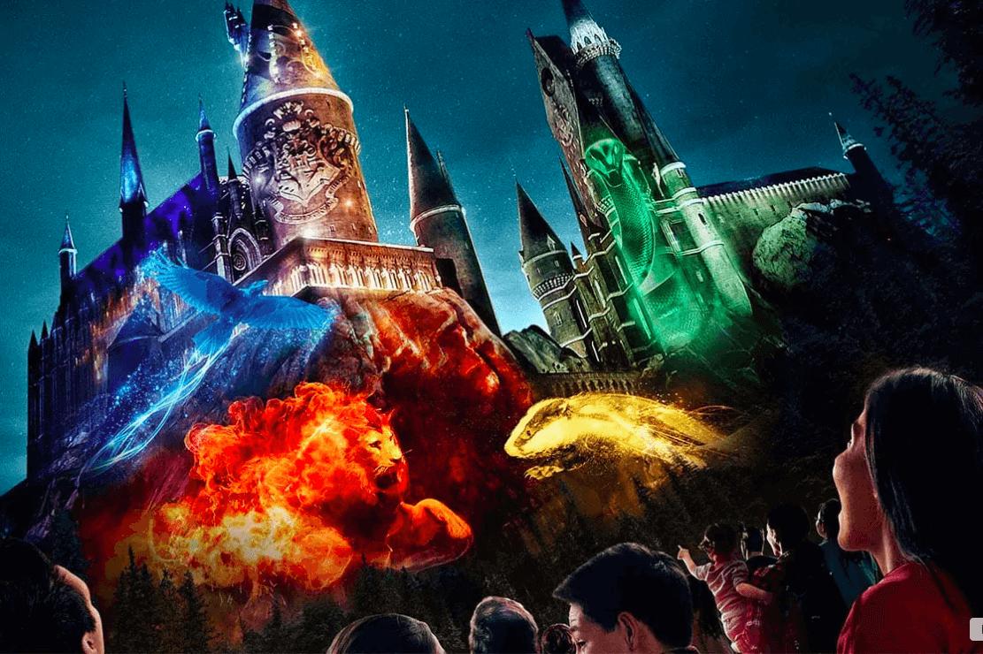 Show noturno do Harry Potter na Universal Orlando: The Nighttime Lights at Hogwarts Castle - casas de Hogwarts