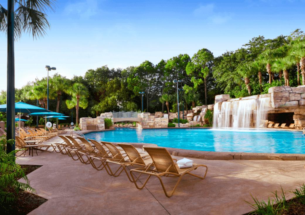 Walt Disney World Swan & Dolphin Resort: Grotto Pool