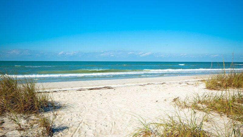 Anna Maria Island perto de Tampa na Flórida: praia
