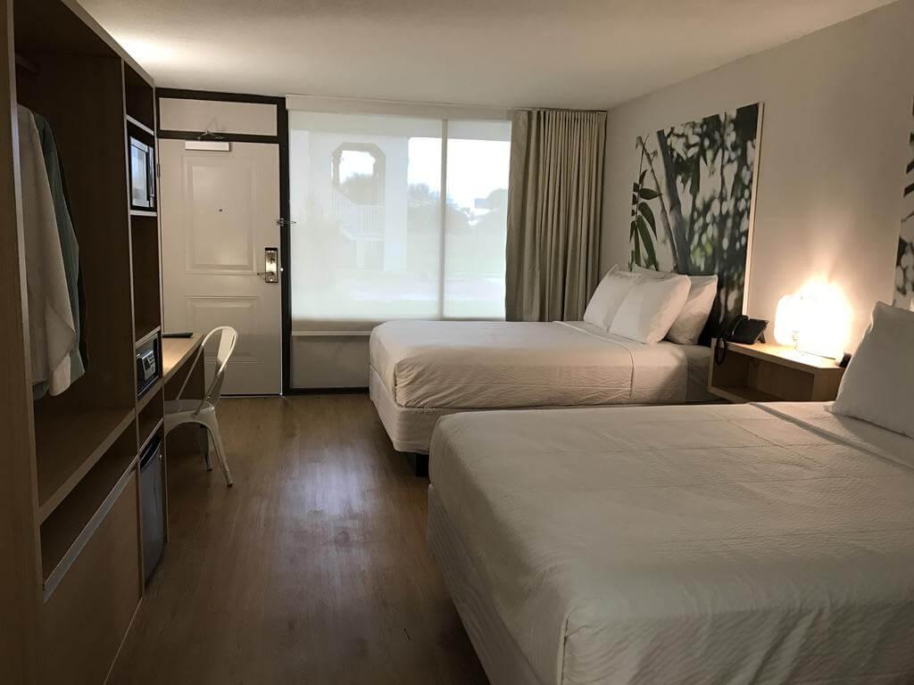 Hotéis bons e baratos em Kissimmee: Hotel GreenPoint - quarto