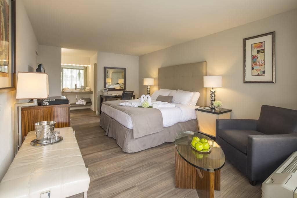 Hotéis bons e baratos em Kissimmee: HotelMagic Moment Resort and Kids Club - quarto
